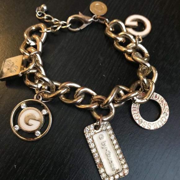 Guess ?? Bracelets Jeans Rhinestones Logo Bangle Bracelet Gold Tone Charms Nwt